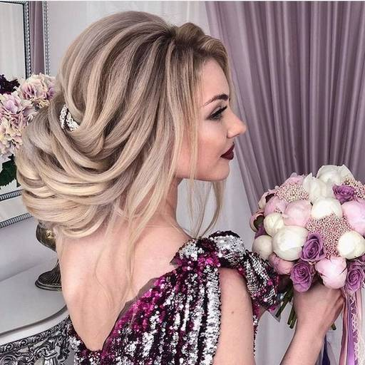 Прическа на свадьбу и макияж